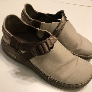 Chaco Pedshed canvas Gunnison Walking shoe